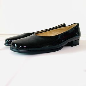 PETER KAISER patent leather loafers square toe